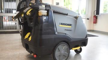 Nettoyage haute pression les matériels de la maison à l'industrie
